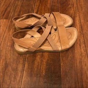 Born Sandals - size 8